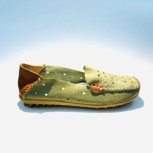 Mocassino donna sabot verde pelle forato fondo gomma artigianale