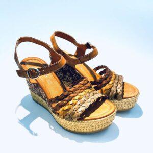 Sandalo donna zeppa alta pelle fondo gomma colorata colori terra artigianale made in italy samoa