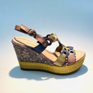 Sandalo donna zeppa alta pelle fondo gomma colorata pervinca artigianale made in italy samoa